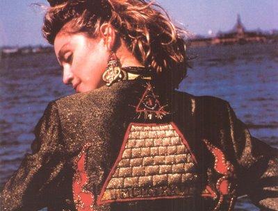 madonna-illuminati1.jpg