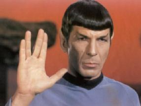 spock_giving_vulcan_salute_286x215.jpg